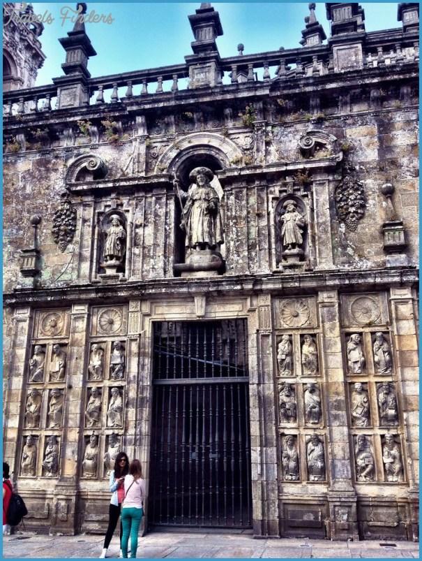 Traveling in Santiago de Compostela_7.jpg