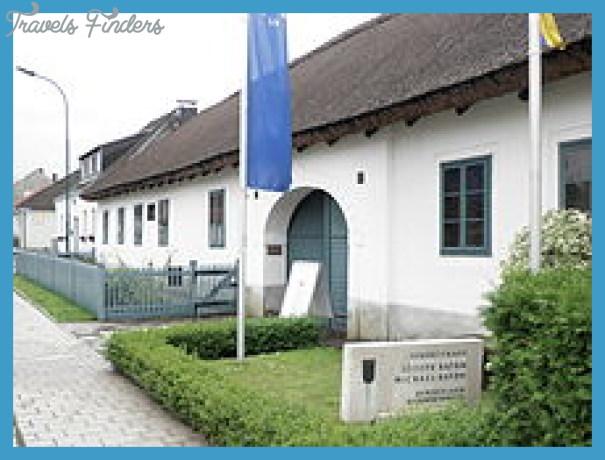 220px-Haydngeburtshaus.jpg