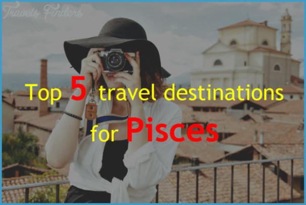 best-travel-accessories-for-women-2016-1050x580-810x540.jpg