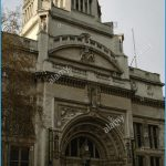 england-london-victoria-and-albert-museum-exterior-EGK8PX.jpg