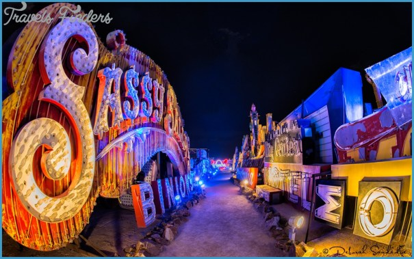 Neon-Museum-Sassy-1024x638.jpg