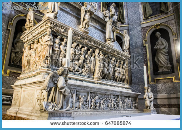 stock-photo-bologna-italy-may-the-ark-of-saint-dominic-a-renaissance-sarcophagus-containing-his-647685874.jpg