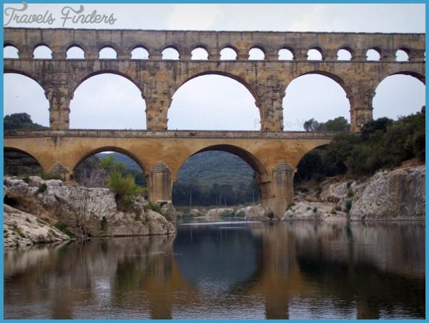 pont-gard-bridge-16950_w600.jpg