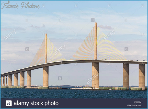 the-bob-graham-sunshine-skyway-bridge-spans-tampa-bay-florida-with-EB03A4.jpg