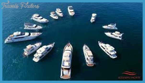 Make Your New Year Celebration Grand With A Yacht Party_13.jpg