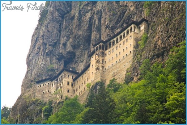 Towering Monasteries of Greece_11.jpg