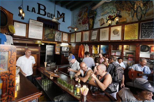 Cuba-US-Tourists1.jpeg