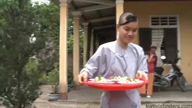 kc chotichawong tour guide to thailand vietnam 09