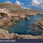 malta-maltese-blue-grotto-sea-beach-water-BF78FP.jpg