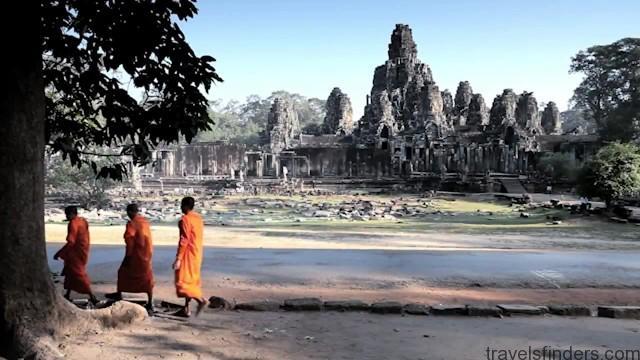 mark tour guide to thailand, laos, cambodia vietnam 04