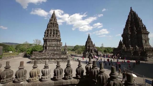 sambisari temple parmbanan temple in indonesia 06