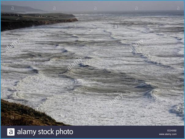 High Seas Surfing_10.jpg