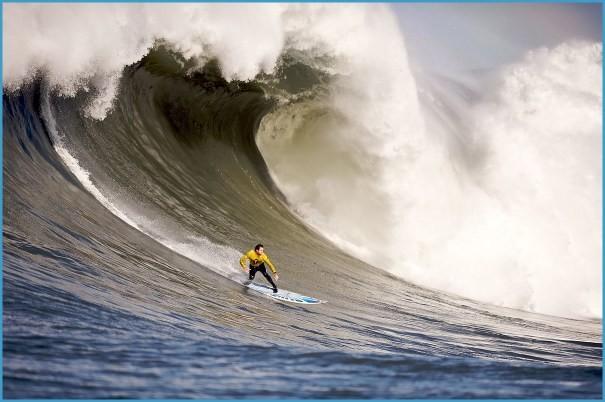 High Seas Surfing_3.jpg
