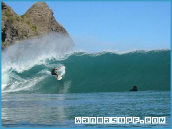 Surf Spot Locations, Maps and Information on Pacific Islands_12.jpg