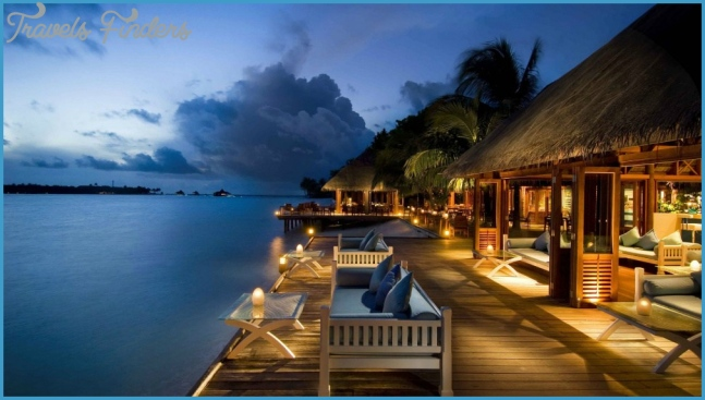 Top 10 Beach Honeymoon Destinations you Must Visit | The Wedding Vow