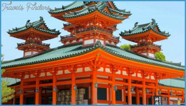 Heian Jingu Shrine in Kyoto_3.jpg