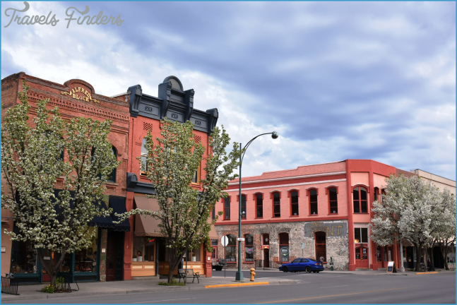 The Small Town In Oregon That's One Of The Coolest In The U.S