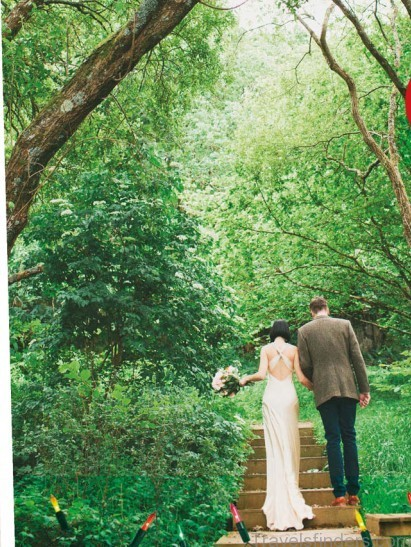 tipis treehouses and even a mini festival say i do in the great outdoors