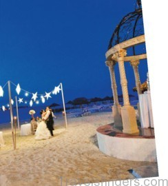 your step by step guide to booking the perfect weddingmoon with sandals 9